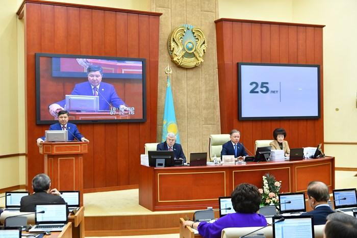 Сенаторы единогласно одобрили законодательный проект обамнистии